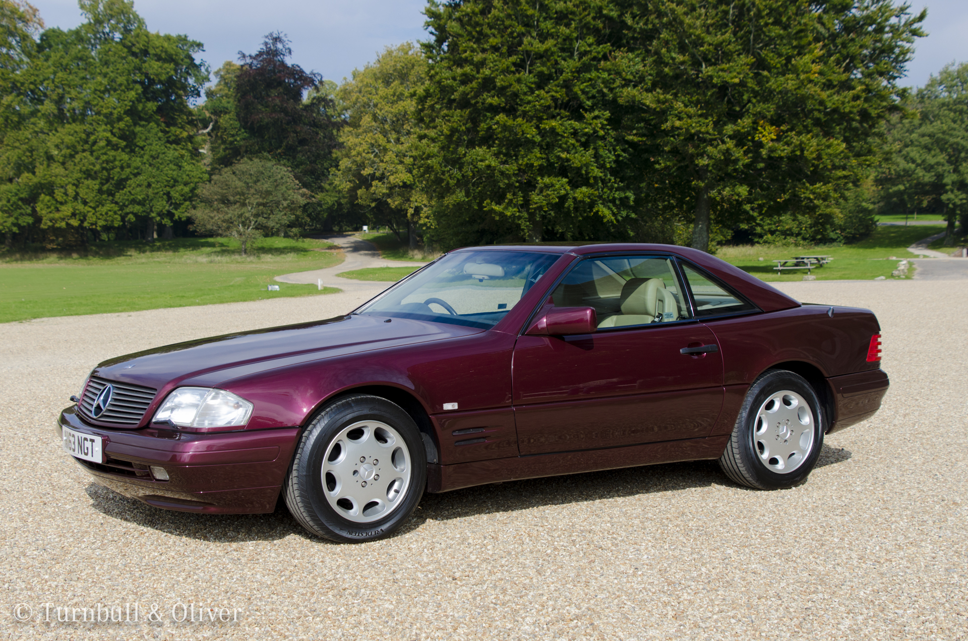 Mercedes benz sl320 beautiful burgundy turnbull oliver for Used mercedes benz cars for sale